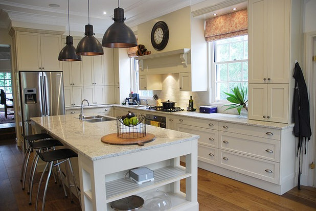 Traditional Kitchen by The Renovation Broker