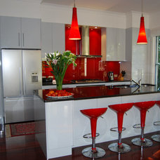 Contemporary Kitchen by The Kitchen Broker