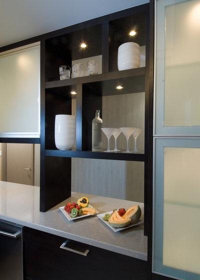 Contemporary Kitchen by Archipelago Hawaii Luxury Home Designs