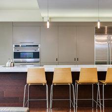 Contemporary Kitchen by Birdhouse Media