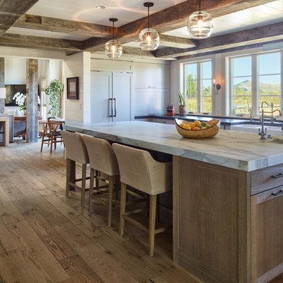 Kitchen - cottage kitchen idea in Orange County