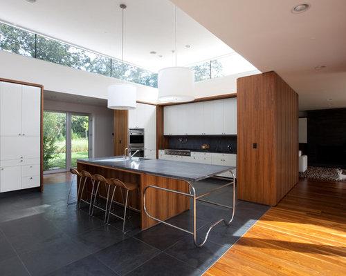 Cucina moderna con pavimento in ardesia - Foto e Idee per Arredare