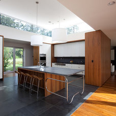 Modern Kitchen by SchappacherWhite Architecture D.P.C.