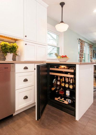 Traditional Kitchen by Kayron Brewer, CMKBD / Studio K B