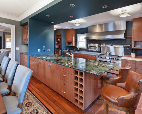Trendy U Shaped Eat In Kitchen Photo In Seattle With Flat Panel Cabinets