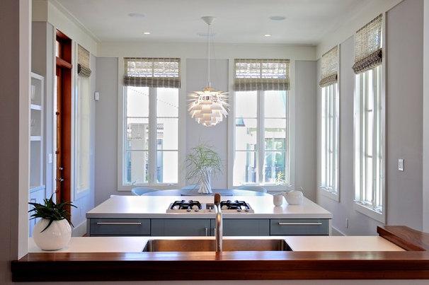 Modern Kitchen by Wally Sears