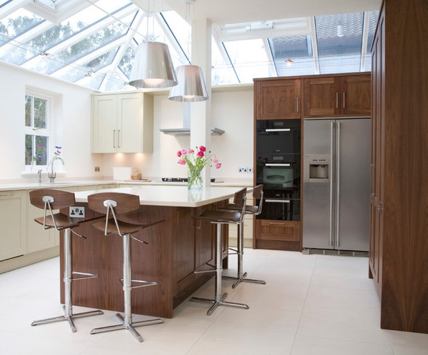 Contemporary Kitchen by Northpoint