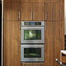Modern Kitchen by Design Platform