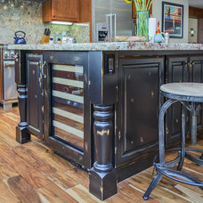 Traditional Kitchen by Blueline Custom Builders