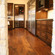 Contemporary Kitchen by Hardwood Designs