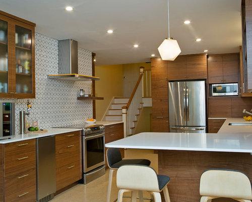 mid century k chen mit r ckwand aus zementfliesen ideen design bilder houzz. Black Bedroom Furniture Sets. Home Design Ideas