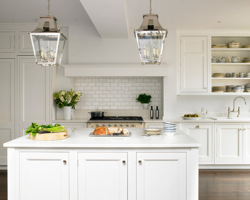White traditional kitchens houzz for Traditional white kitchens