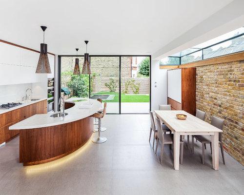 Curved kitchen island houzz for Curved island kitchen designs