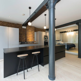 Wapping warehouse apartment