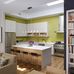 contemporary kitchen by Rasmussen / Su Architects