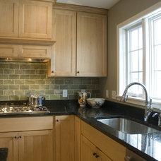 Modern Kitchen by JP&CO. Samantha Grose, Designer