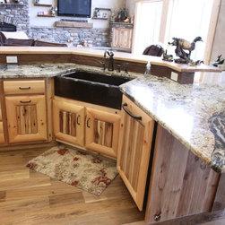 Cedar Rapids Drop In Sink Kitchen Design Ideas Remodels Photos