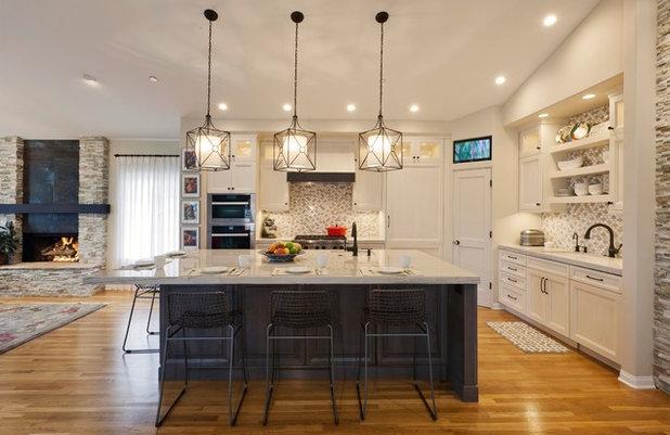 Transitional Kitchen by Kitcheneering