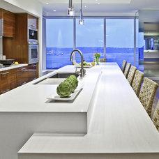 Modern Kitchen by Warmington & North