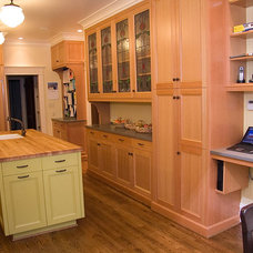 Craftsman Kitchen by Warmington & North