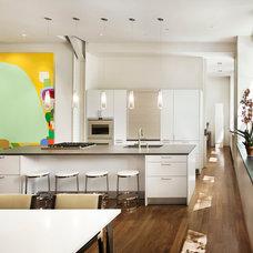 Modern Kitchen by Verner Architects