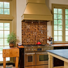 Traditional Kitchen by GL Callow Building & Remodeling