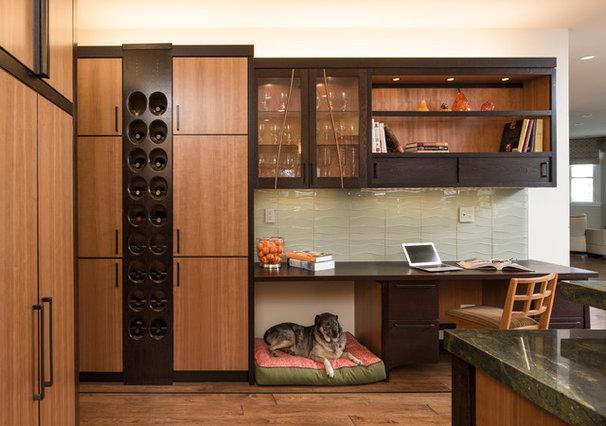 Modern Kitchen by McKinney Photography