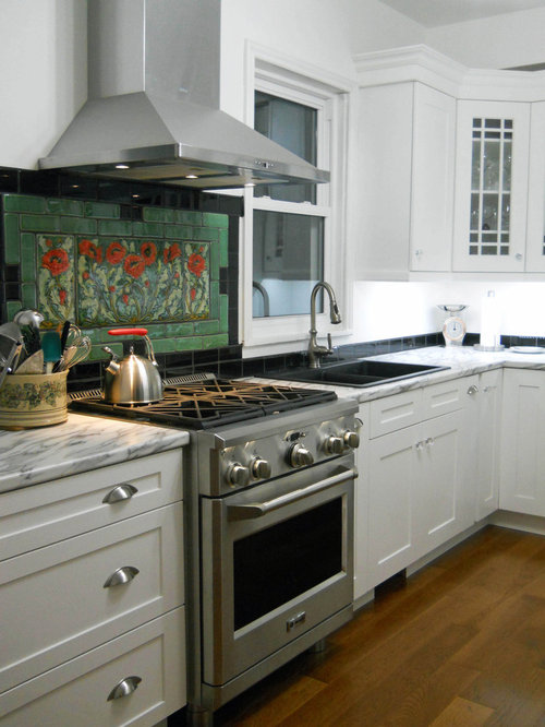Custom tile backsplash houzz for Kitchen backsplash images on houzz