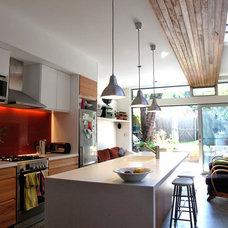 Contemporary Kitchen by Jaime Kleinert Architects