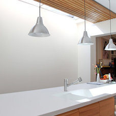 Contemporary Kitchen by Jaime Kleinert Architects