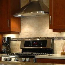 Contemporary Kitchen by Menno Martin Contractor