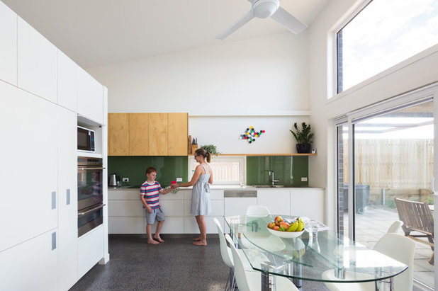 Contemporary Kitchen by Light House Architecture & Science