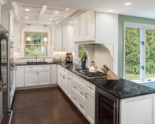 white kitchen cabinets with verde butterfly granite verde butterfly granite countertop houzz 29047
