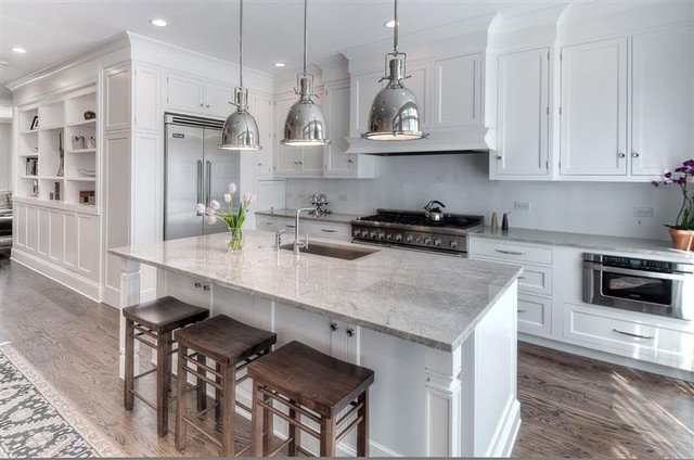 Traditional Kitchen by Best Cabinets
