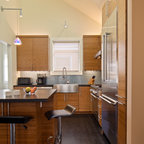 Penthouse Kitchen at Trump Lofts - Modern - Kitchen - New York - by Design Concepts/Interiors, LLC