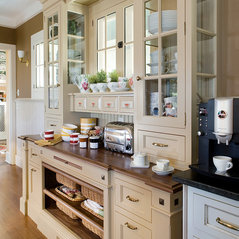 farmhouse kitchen designs photos wayneco inc york pa us 17408 7151