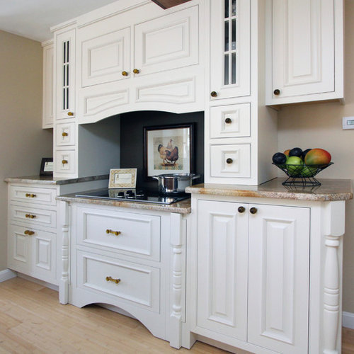 Beaded Kitchen Cabinets: Dover White Cabinet
