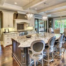 Transitional Kitchen by DESIGNS! - Susan Hoffman Interior Designs