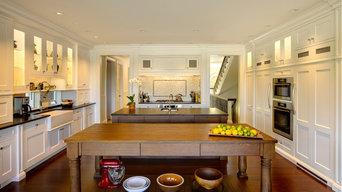 Welcoming White Kitchen