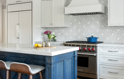 Kitchen of the Week: Classic Feel, Modern Sparkle