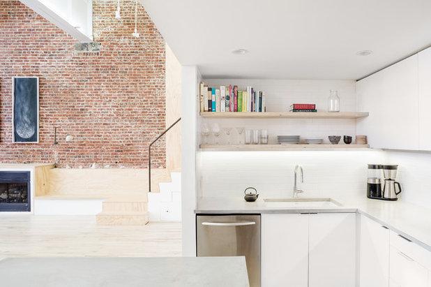 Simple Industrial Kitchen by Jeff Jordan Architects LLC