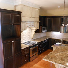 Traditional Kitchen by Marty Daniels Construction