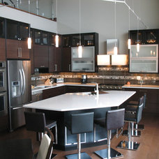 Contemporary Kitchen by Innovation Kitchens