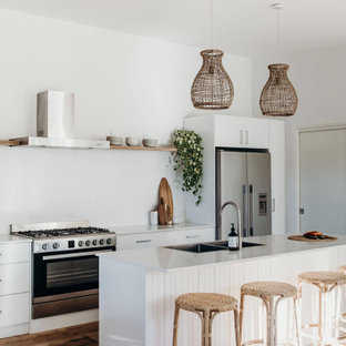 Photo of a beach style kitchen in Wollongong.