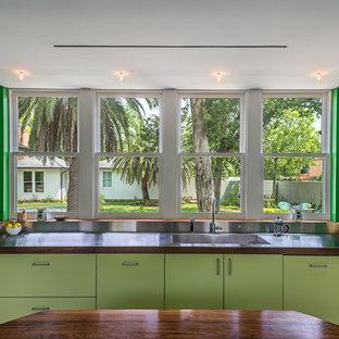 Design ideas for a midcentury kitchen in Houston.