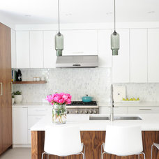 Contemporary Kitchen by Shift Interiors