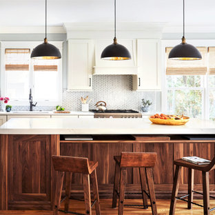 75 Beautiful Farmhouse Kitchen With Medium Tone Wood Cabinets Pictures Ideas December 2020 Houzz