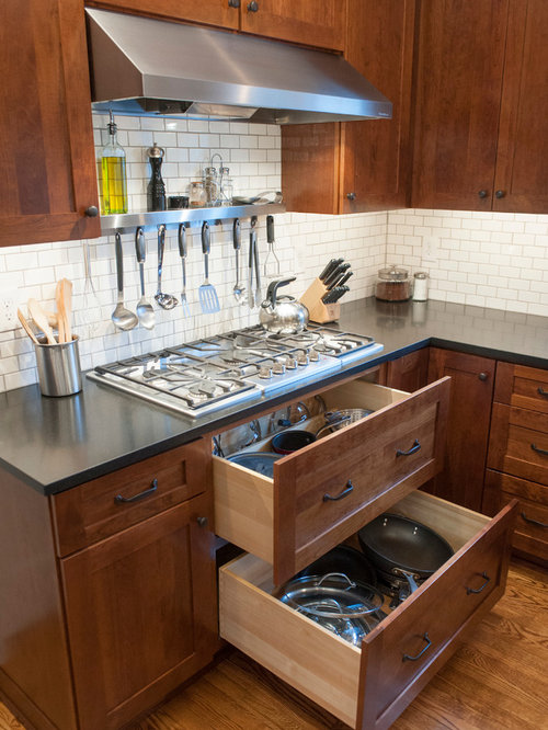 Drawers under cooktop ideas pictures remodel and decor for Kitchen ideas under 500