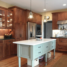 Craftsman Kitchen by Pine Street Carpenters & The Kitchen Studio