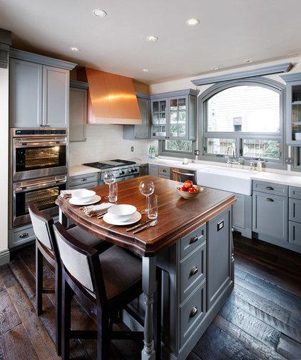 Traditional Kitchen by Lanthia Hogg Designs